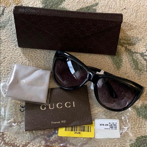 a98bf2bafa NIB Gucci Women Cat Eye Plastic Sunglasses